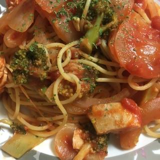 ささみとブロッコリーのトマトパスタ