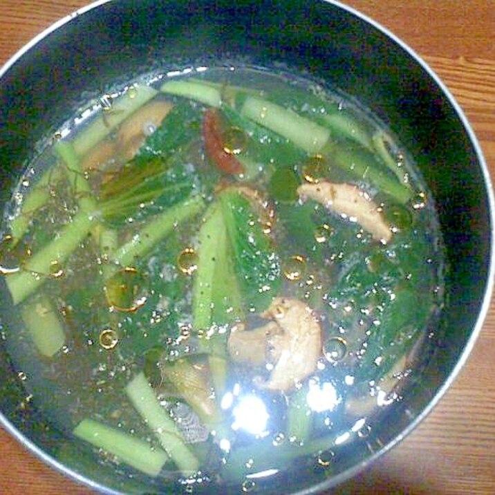 小松菜ともずく酢の酸辣湯風