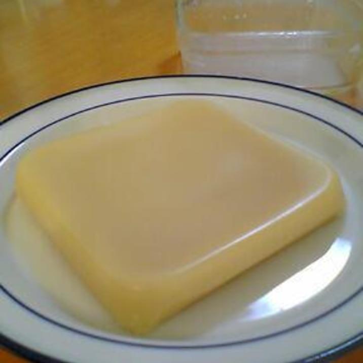 小麦粉と砂糖だけでレンジで作るなんちゃってういろう