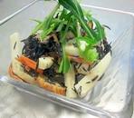 山芋とひじきのごまサラダ