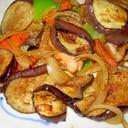 簡単美味しい♪ナスと野菜炒め