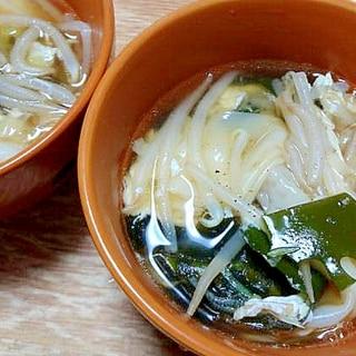 もやしとワカメの玉子入り中華スープ