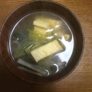 うるい ワカメ 油揚げの味噌汁