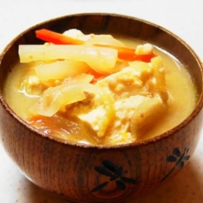 ひき肉と根菜の具たくさんお味噌汁!