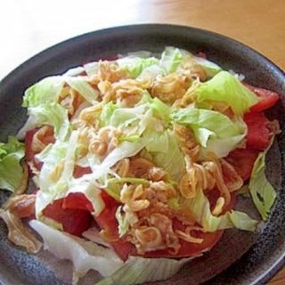 トマトレタスミミガーサラダ
