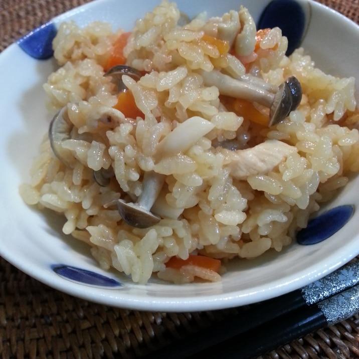 ホヤソースと鶏肉の炊き込みご飯