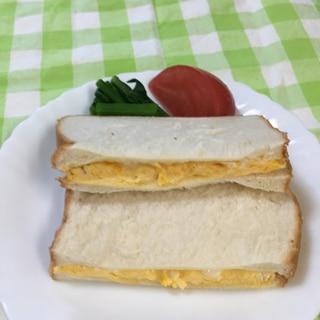 レンジで!やわらか♪⭐⭐だしマヨ卵のサンドイッチ