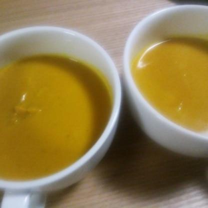 ミキサーを使わずこんなに簡単にパンプキンスープができるなんて!美味しかったです~♪