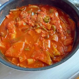 辛い具沢山 魚スープ