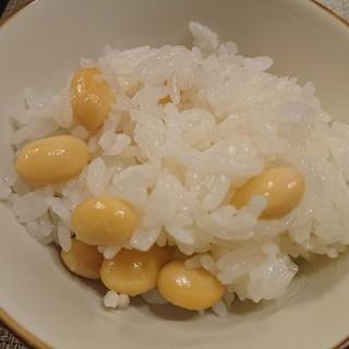 お豆ふっくら大豆ご飯
