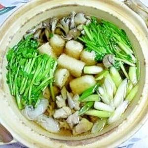 ごぼうとセリも入れて、きりたんぽ鍋 (^○^)