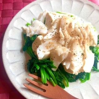 ヘルシー&簡単!たらと豆腐とほうれん草の温サラダ風