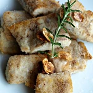 マグロのパン粉ガーリックステーキ