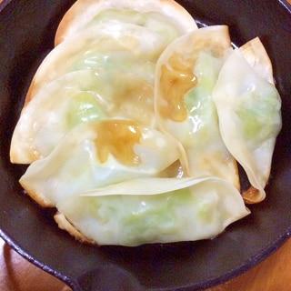 キャベツチーズ餃子焼き