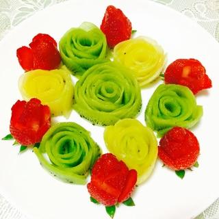 イチゴとキウイの花畑