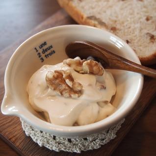 水切りヨーグルトのメープル胡桃ディップ☆