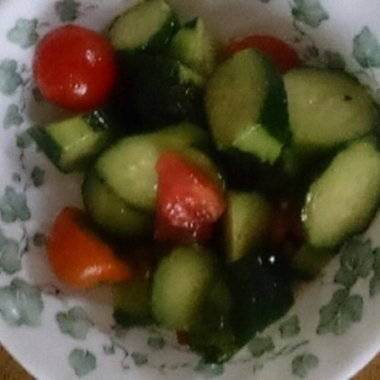 家にクリームチーズが無いのが残念でしたが…柚子こしょうのドレッシングが夏野菜とマッチして爽やかな仕上がりになりました。