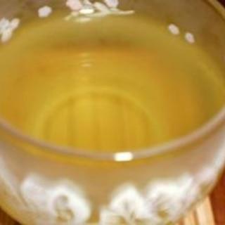 シンプルに冷やしたお茶はヘルシーで美味しい