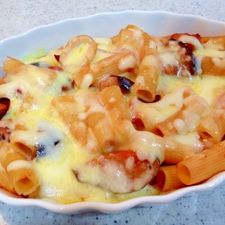 トマト缶で☆海老となすのトマトチーズグラタン