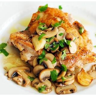 鶏もも肉のソテー、きのこのソース