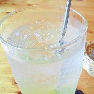 夏にさっぱり★柚子ソーダ