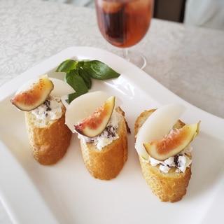簡単♪梨と無花果のフルーツのブルスケッタ