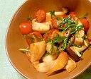 エリンギとトマトとニラのオイスター炒め