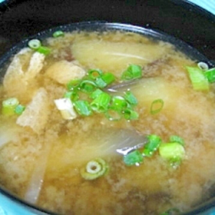ナス・大根・油揚げの味噌汁
