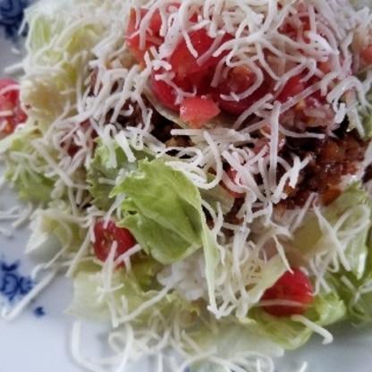 簡単に美味しく出来ました。トマトはプチトマトしかなかったのでプチトマトで作りました。美味しかったです。