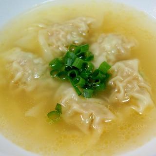 つるんと美味しい♪カンタン・ワンタンスープ