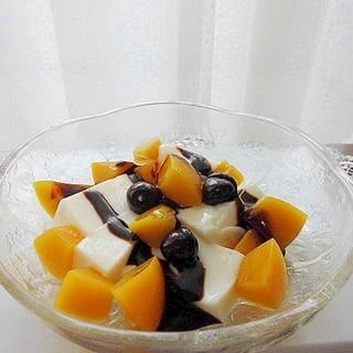 杏仁豆腐とフルーツのデザート