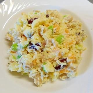 蒸しサラダ豆・チーズ入りポテトサラダ