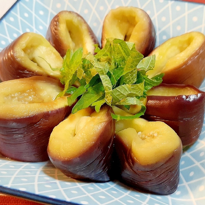 いつもより雰囲気を変えて❗冷製茄子と大葉の前菜❗