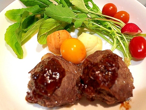 【絶品】挽き肉から自分で作る!手作りハンバーグ