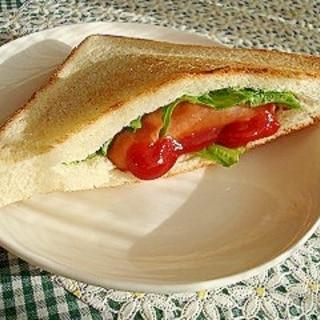 食パン半枚で!簡単ホットドッグ♪