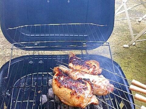 チキンの炭火焼き、塩ニンニクマリネ