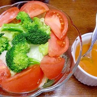 シンプルサラダ トマト麹ドレッシングで