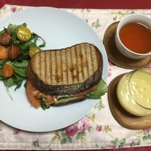 ホットサンド(ベーコン&トマト)