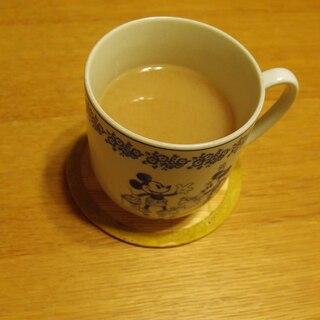 鉄観音と糀甘酒の温かい飲み物