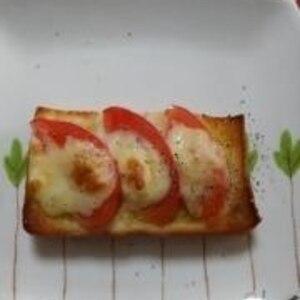 トマトのオリーブオイルトースト