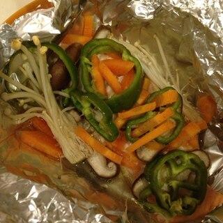 簡単!野菜たっぷりサーモンのホイル焼き