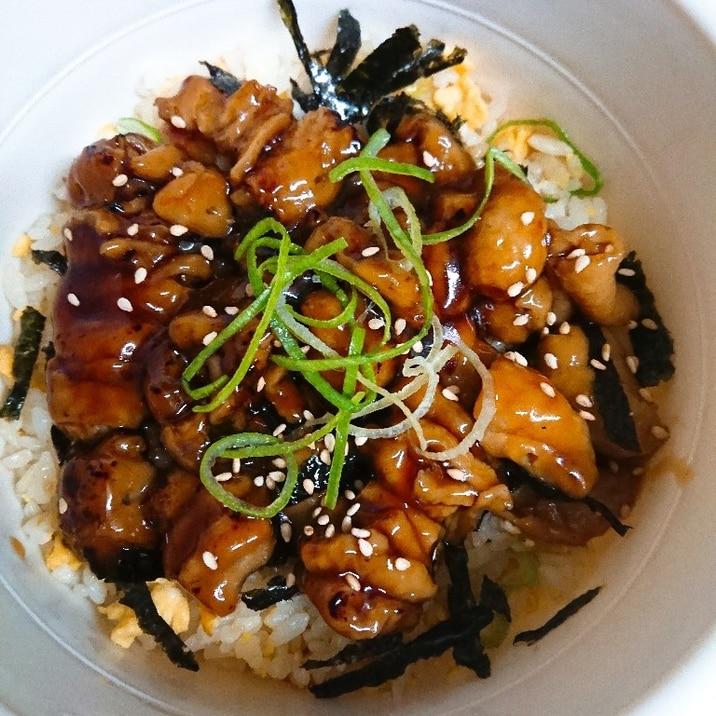 焼き鳥 丼 レシピ 【みんなが作ってる】 焼き鳥丼 簡単のレシピ