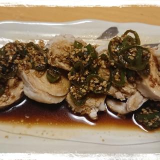 茹で鶏のピリ辛青唐辛子正油ソースかけ