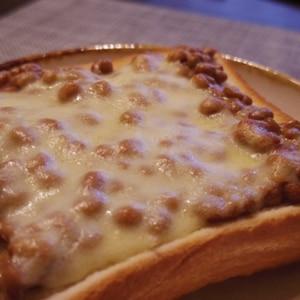 簡単なのにおいしい☆チーズなっトースト