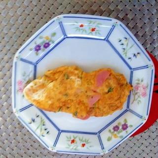 素朴♩魚肉ソーセージのオムレツ