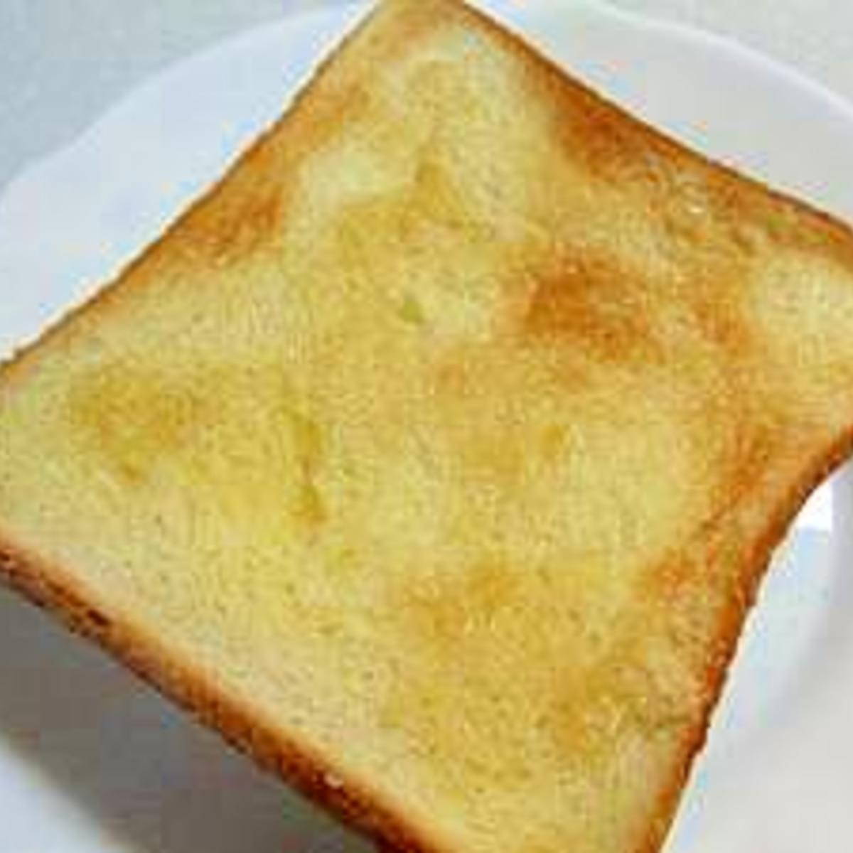 トースト シュガー おうちでシュガートースト💛「塗って焼くだけ(*^▽^*)」こんな便利なものがあったのか♬
