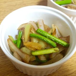 にんにくの芽と玉ねぎの炒め物