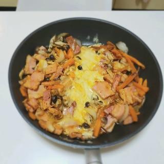 フライパンで作る!厚切りベーコンのチーズダッカルビ