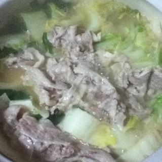 豚バラと白菜の白味噌鍋