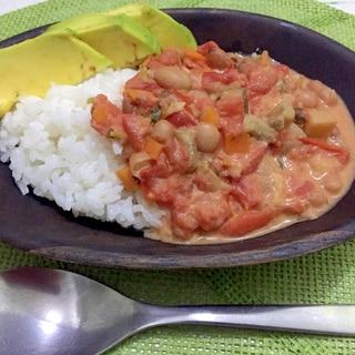 タンザニアの野菜と豆トマトシチュー「マハラゲ」